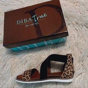 NWT / BRAND NEW: Diba True Sandals